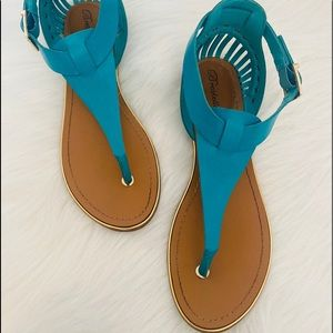 Breckelles women's sandals in turquoise size 9.